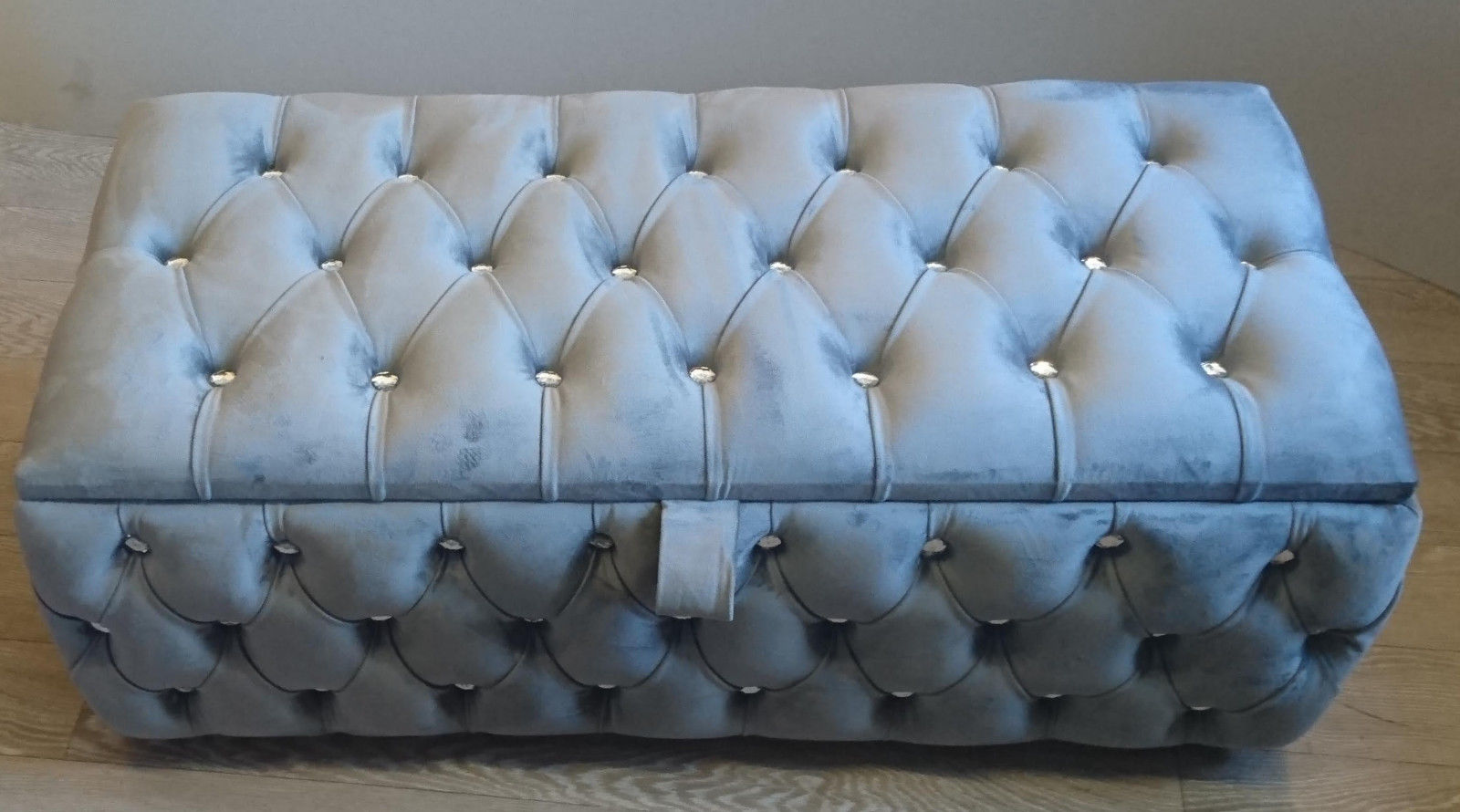 CHESTERFIELD STORAGE OTTOMAN BOX IDEAL FOR TOYS AND BLANKETS